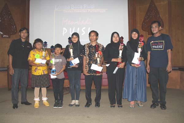 Dua Siswa SMA Bukateja Juarai Lomba Puisi