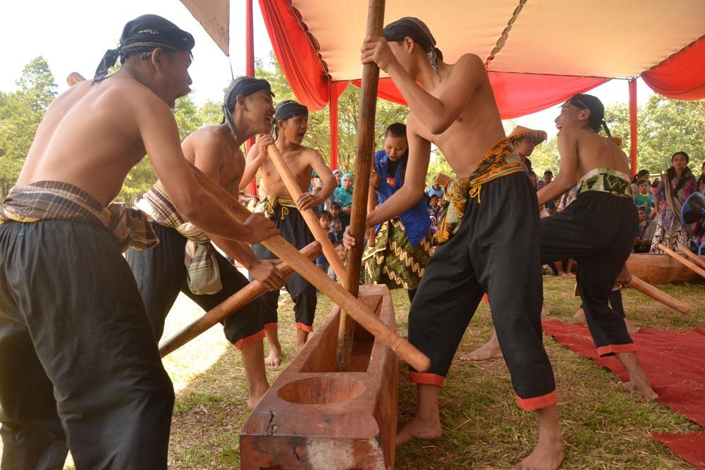 Disentuh Pemuda, Seni Tradisional Ini Batal Punah
