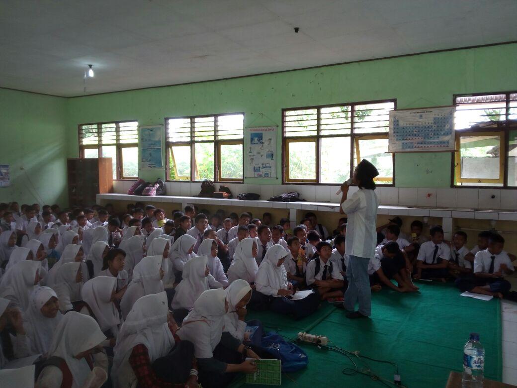 Siswa SMP 3 Kutasari Diajak Tingkatkan Literasi