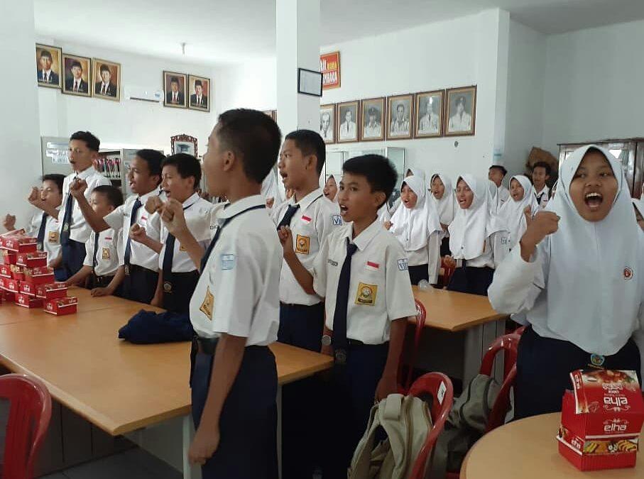 Dinkominfo Sosialisasikan Etika Bermedia Sosial Pada Siswa SMP