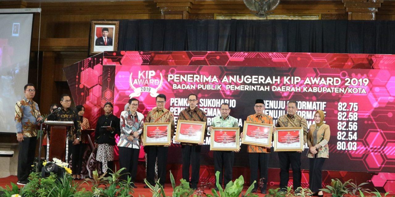 Purbalingga Raih Penghargaan KIP Award 2019
