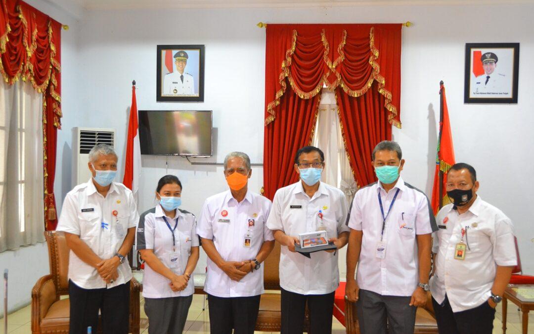Bank Jateng Bantu 65 Handphone Kabupaten Purbalingga